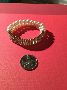 Sparkly White Beaded Bracelet