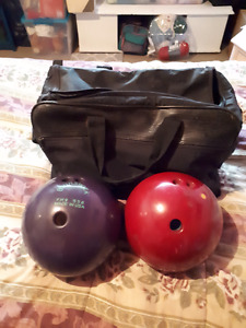 i am selling 2 bowling balls and the bag