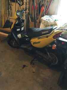Yellow YW50AP Zuma Scooter.  Sitting in garage for 8 years