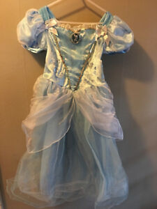 Princess Dress Sz 5/6