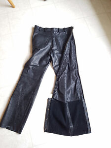 Leather Chaps zipup sides Size 34/34 with belt loops