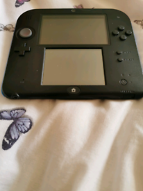 Nintendo 2ds with pre installed mariokart 7