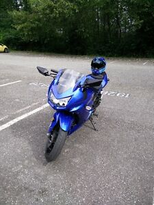 2009 Kawasaki Ninja 250 - low mileage - $3100