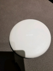 Samsung Wireless Fast Charger Pod