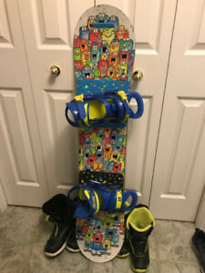 Burton 120 Snowboard Kit for Kids (2 sizes boots)