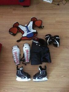 Équipement d'hockey pour enfant