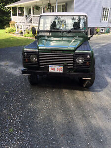 2000 Land Rover Defender Pickup Truck