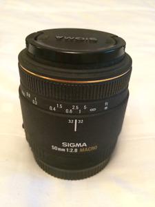 SIGMA AF 50mm f/2.8 EX MACRO Lens for Canon EF Mount