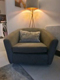 House Beautiful (Long beach) swivel chair.