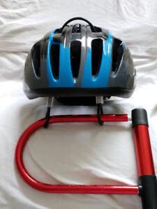 Attache antivol pour casque de vélo