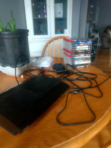 500GB PS3 + wireless controller + 14 games