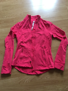 size 8 Lululemon Zip up sweater