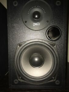 Polk Audio R10 Speakers Stratford Kitchener Area image 3