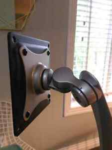 Ergotron Neoflex LCD computer monitor arm London Ontario image 4