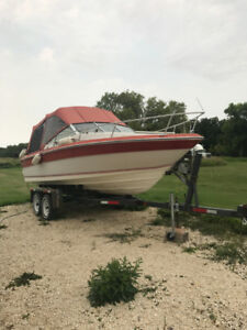 WATER READY! 1986 Sea Ray Sevile - Boat Accessories Included