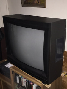 Hitachi Colour TV
