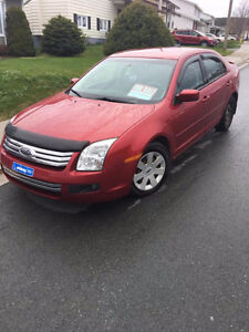 2009 Ford Fusion - ONLY 60,000 km's!