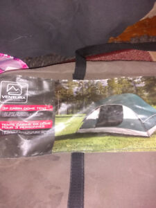 3 person tent Ventura brand dome 7ft w by 6ft dx42 in h