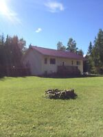 5 bedroom on 10acres 20 min from town