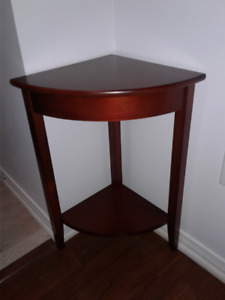 """For sale Brown corner Table, excellent condition 24""""x 13"""""""