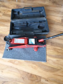 Trolley Jack and case