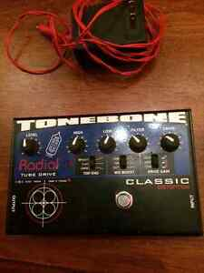 Radial Tone Bone Classic Distortion pedal