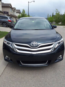 2013 toyota venza AWD fully loaded
