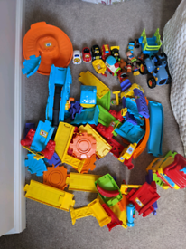 Toot toot and other toys bundle