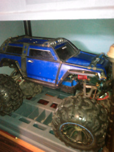 1/10 traxxas summit rc..ready to run)no trades;!!;!;;