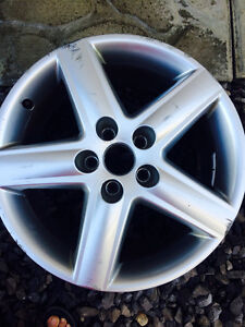 One Audi rim for sale - 17 inches