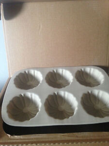 Mini fluted stoneware