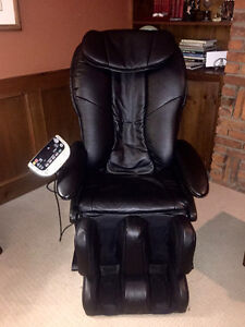 LIKE NEW Gently used Panasonic Real Pro Massage Chair EP-3202