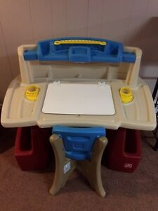 Step 2 Kids Desk
