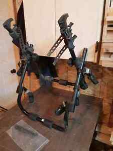 Trunk mounted bike rack