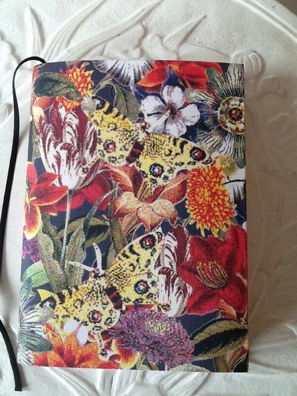 🎄Beautiful Paperchase large note book Brand New