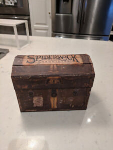 The Spiderwick Chronicles Deluxe Collectors Trunk book set