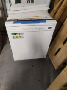Excellent Used Kenmore Elite Dishwasher - Works Great