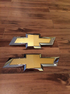 Chevy Colorado Emblems