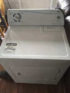 Household clothing dryer