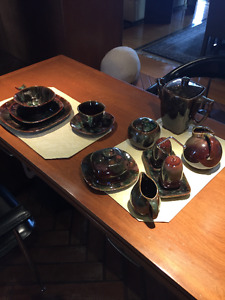set de vaisselle en céramique