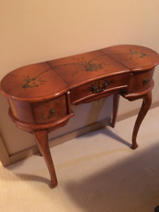 Antique French Style Kidney Shaped Vanity
