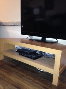 Tv stand in mint condition !!!
