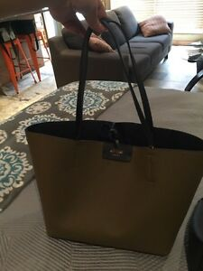 Guess Tote, Purse & Wallet