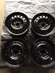 (4) 5 x 127 Winter Rims they fit: