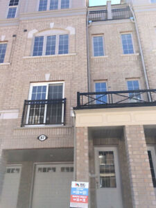 BRAND NEW TOWNHOUSE FOR RENT - MINUTES AWAY FROM UOIT