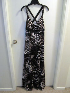 Le Chateau Animal Print Dress Size Medium