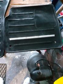 Genuine Land Rover Evoque set of car mats for sale