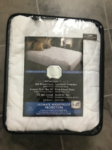 Twin Size Mattress Pad by Stearns & Foster