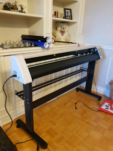 """BRAND NEW 48"""" decal cutter / plotter + stand + GRAPHICS Software"""