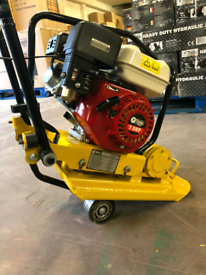 Professional Wacker plate compactor With Wheels 75kg NEW